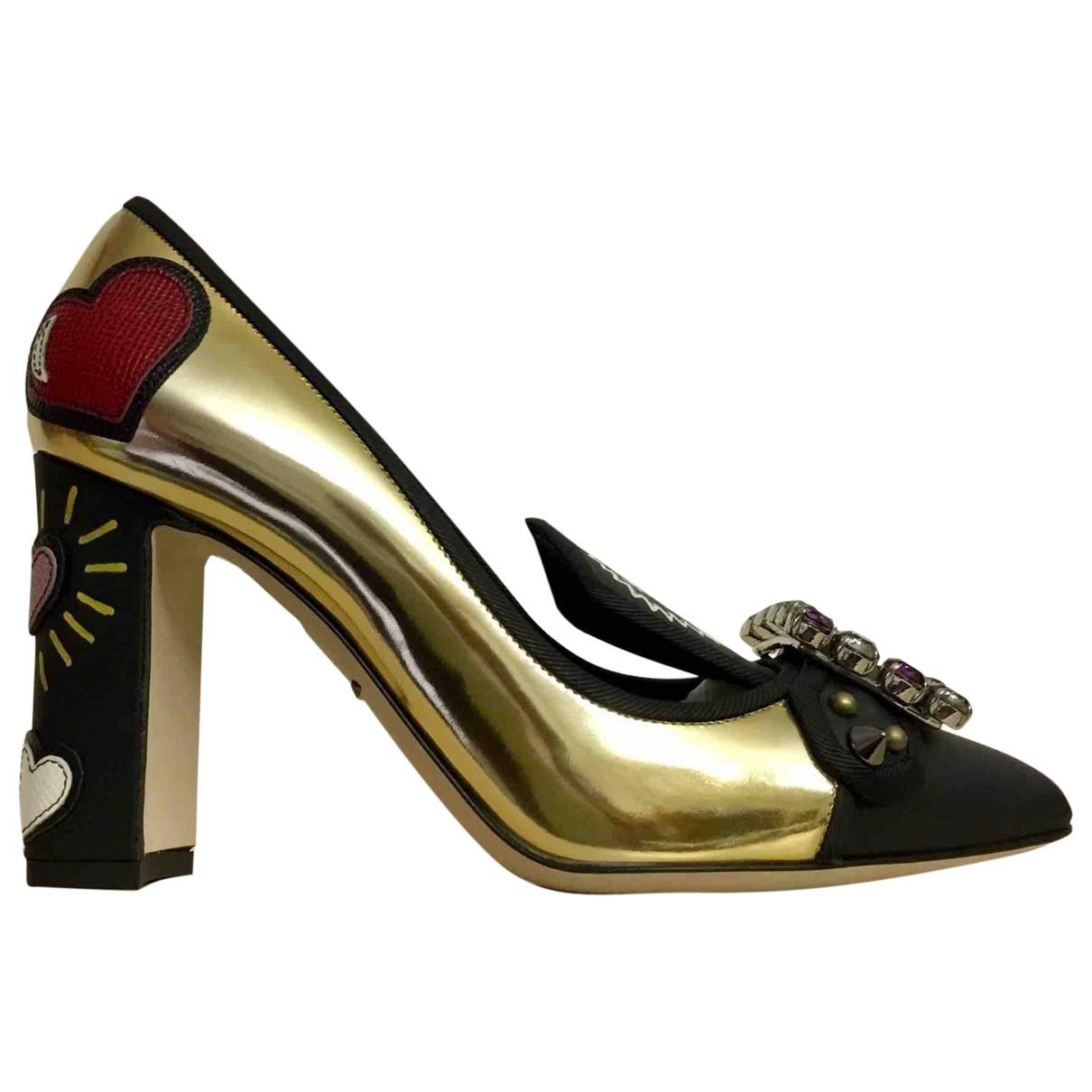 Dolce & Gabbana - Escarpins   pour femme en cuir verni - dore