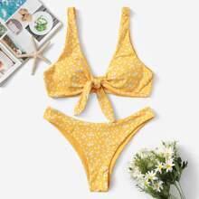 Bikini mit Blumen Knoten vorn