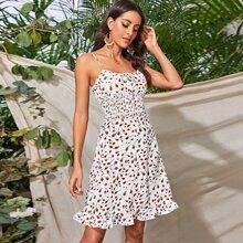 Cami Kleid mit Blumen Muster und Ruesche Detail
