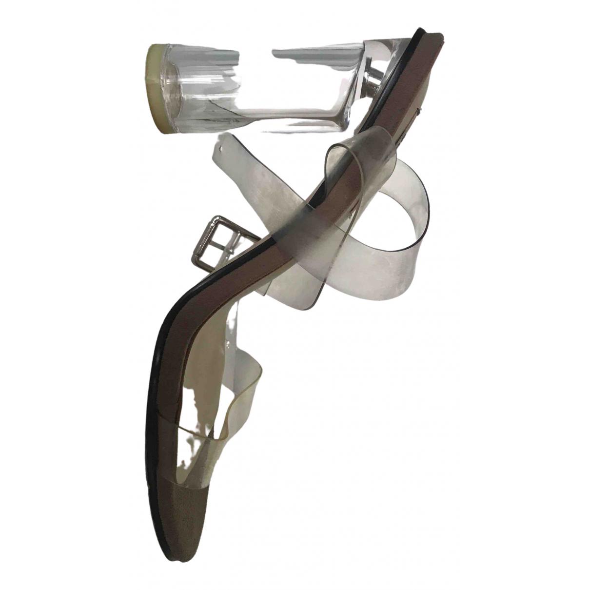 Yeezy \N Sandalen in Kunststoff