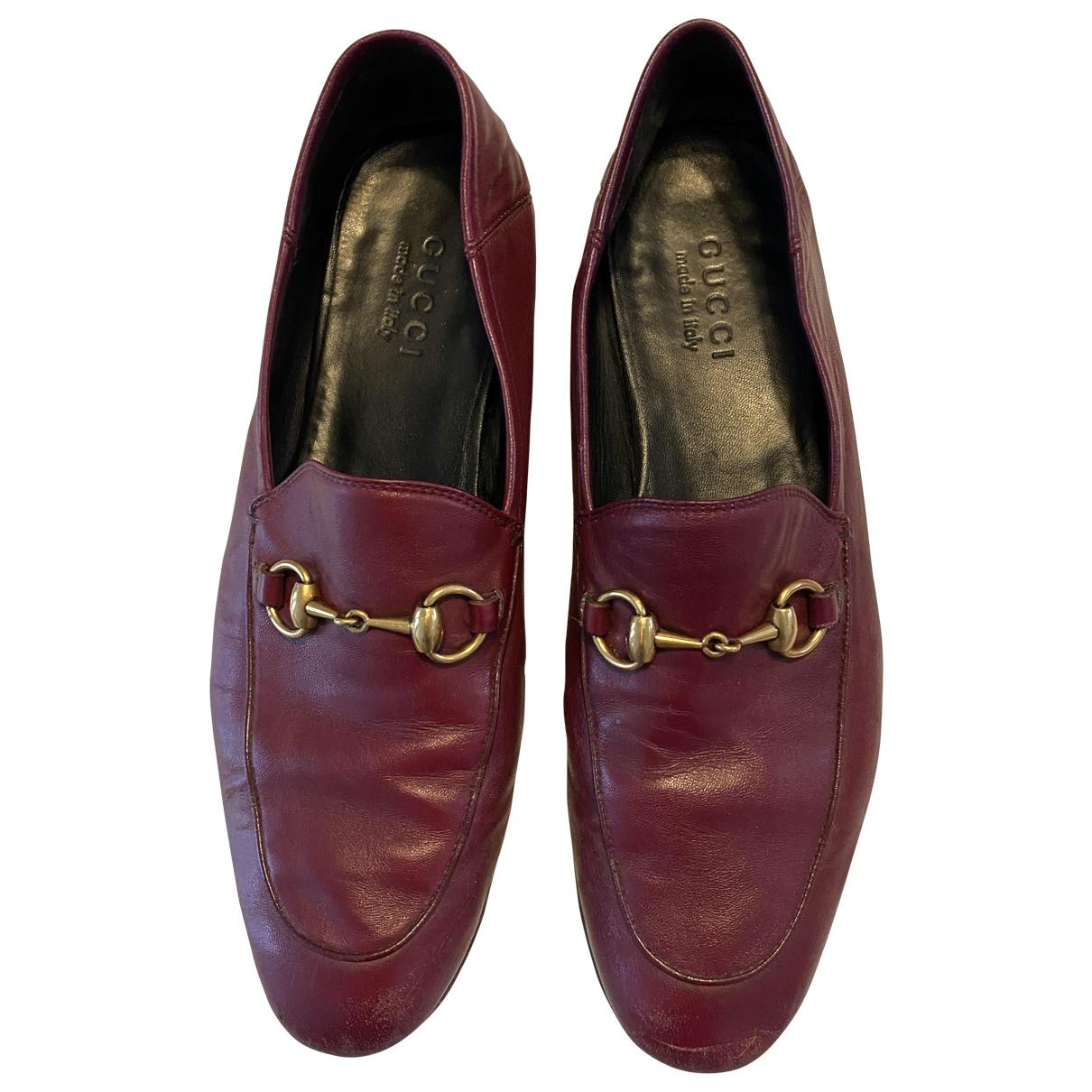Gucci Jordaan Mokassins in  Bordeauxrot Leder