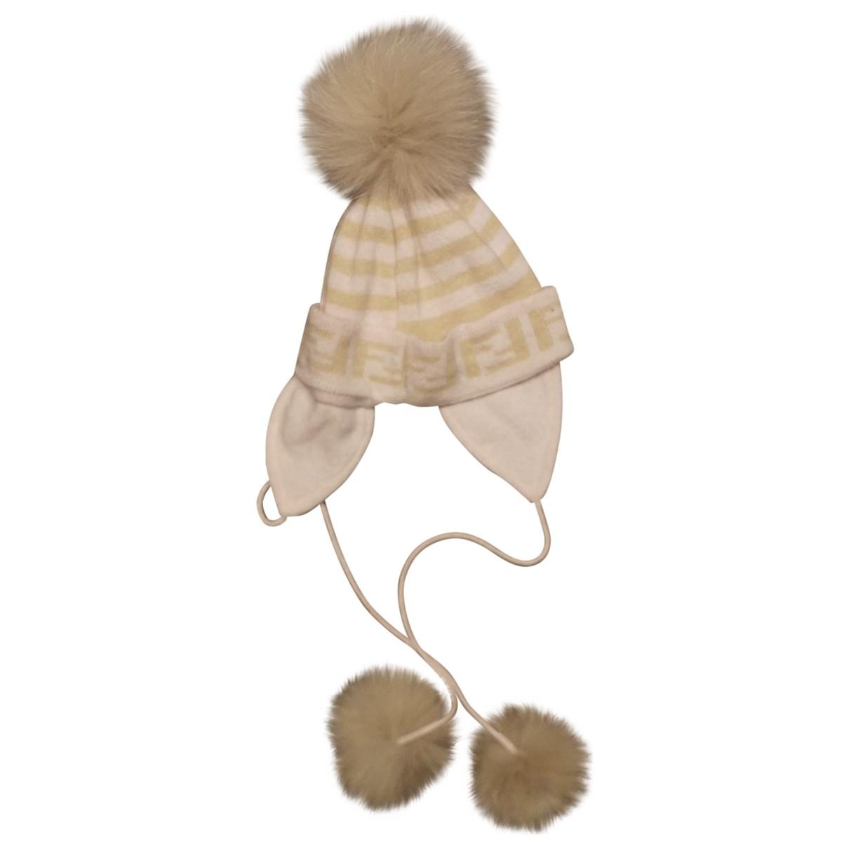 Fendi \N Hut, Muetzen, Handschuhe in  Rosa Wolle