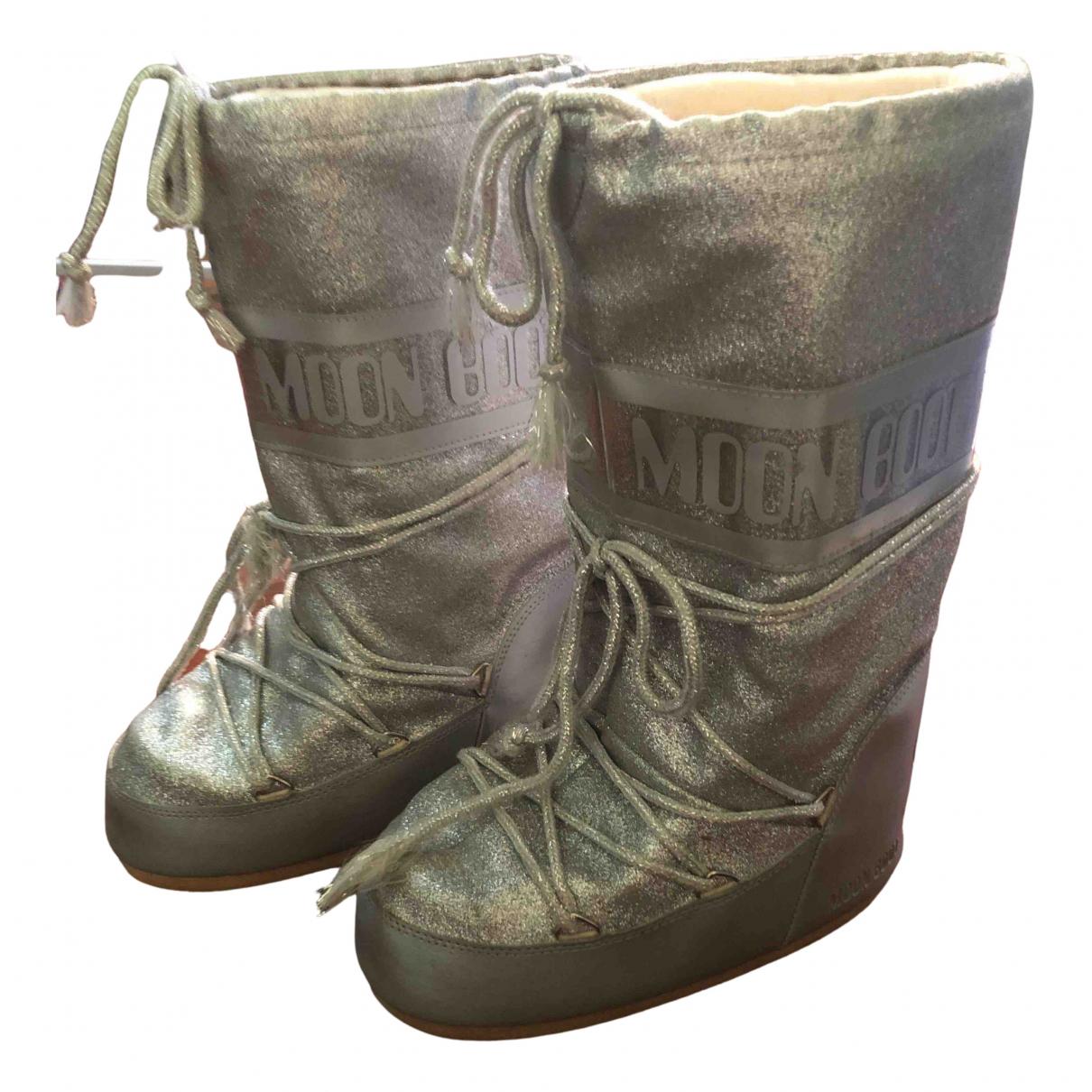 Moon Boot \N Stiefel in  Metallic Leder