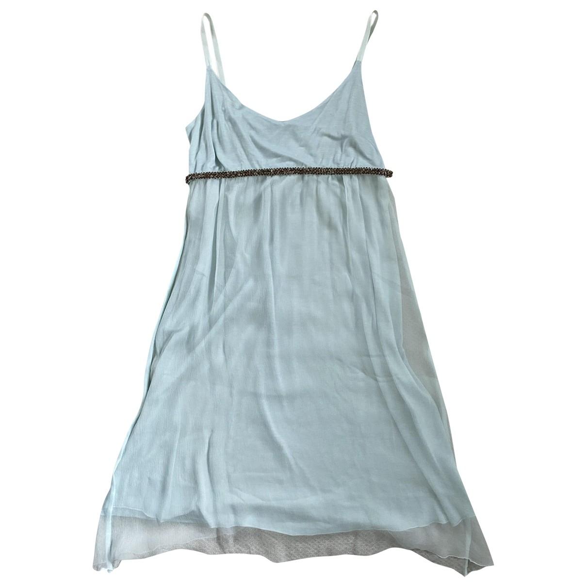Velvet \N Kleid in Seide