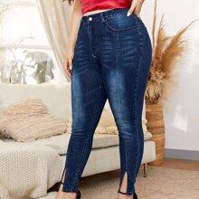 Jeans mit hoher Taille und Schlitz am Saum