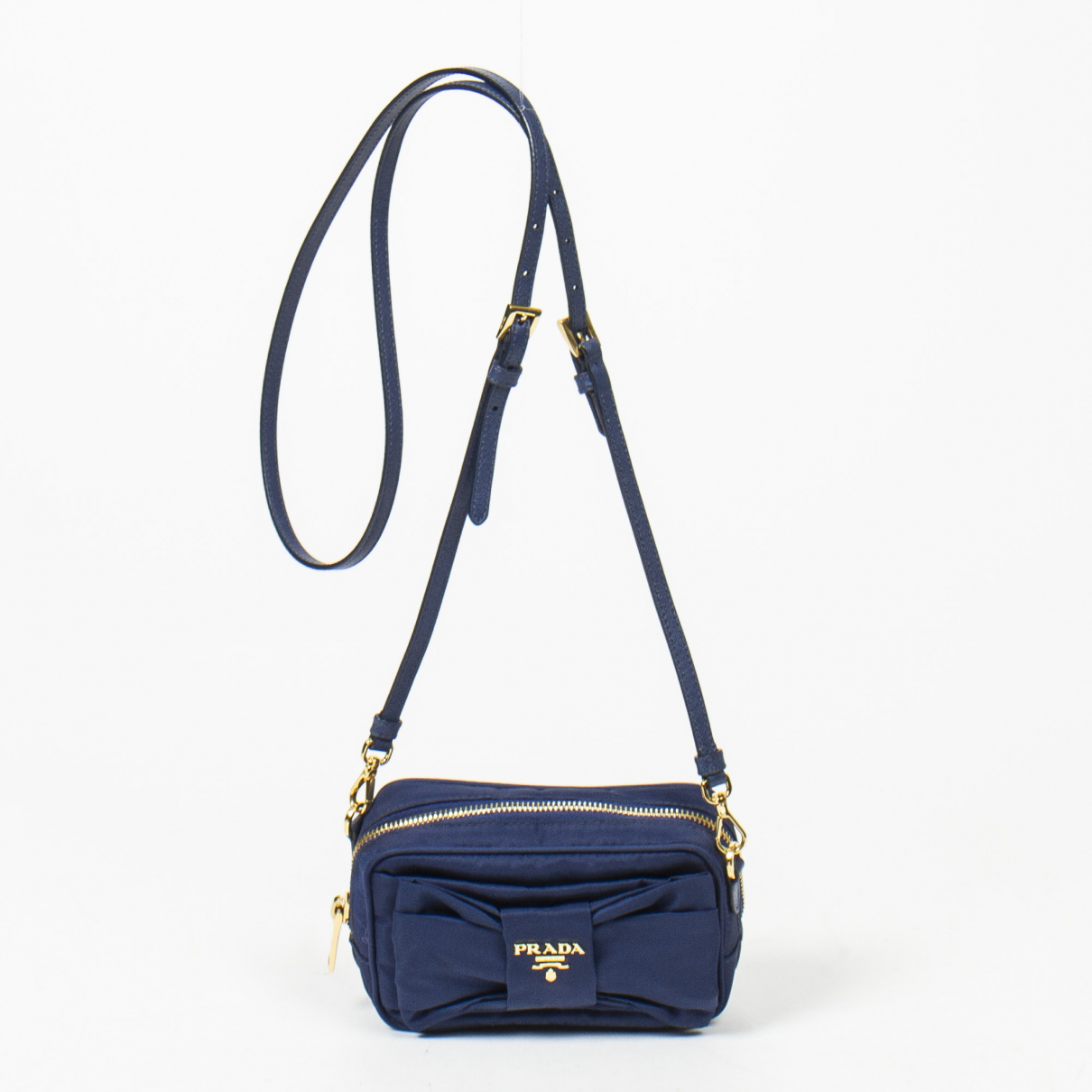 Prada Ribbon Blue Leather handbag for Women \N