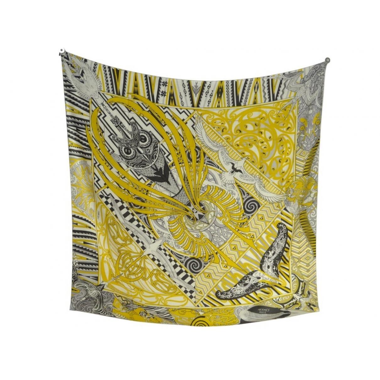 Hermès Châle 140 Yellow Cashmere scarf for Women \N