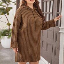 Pullover Kleid mit Kordelzug, Kapuze und sehr tief angesetzter Schulterpartie