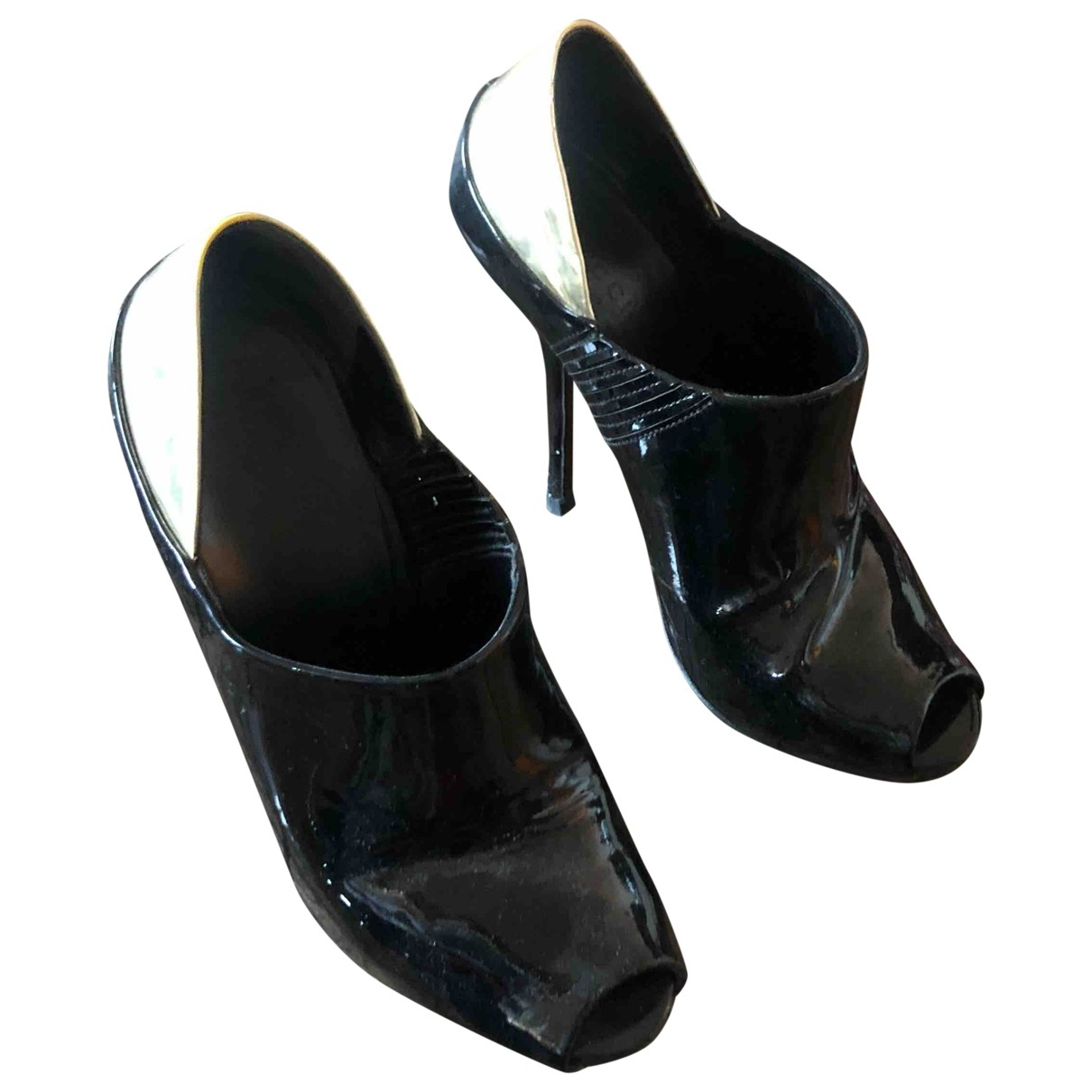 Gucci \N Black Patent leather Heels for Women 36 EU