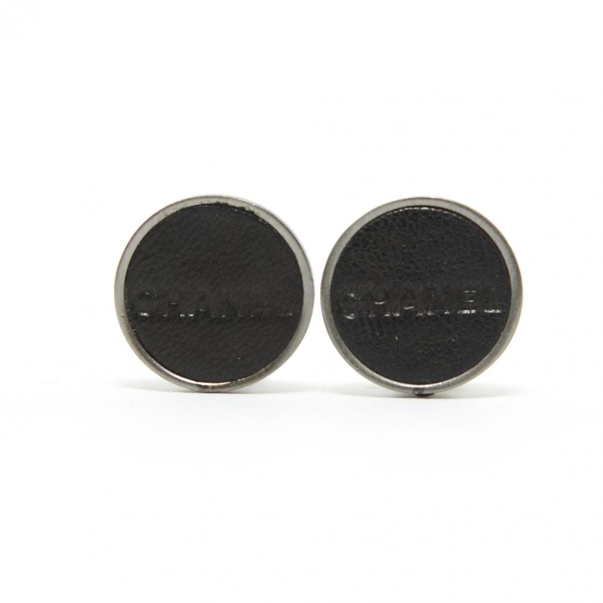 Chanel CC OhrRing in  Schwarz Leder