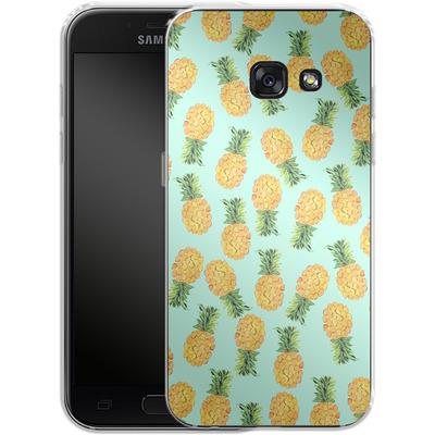 Samsung Galaxy A3 (2017) Silikon Handyhuelle - Pineapple von Amy Sia