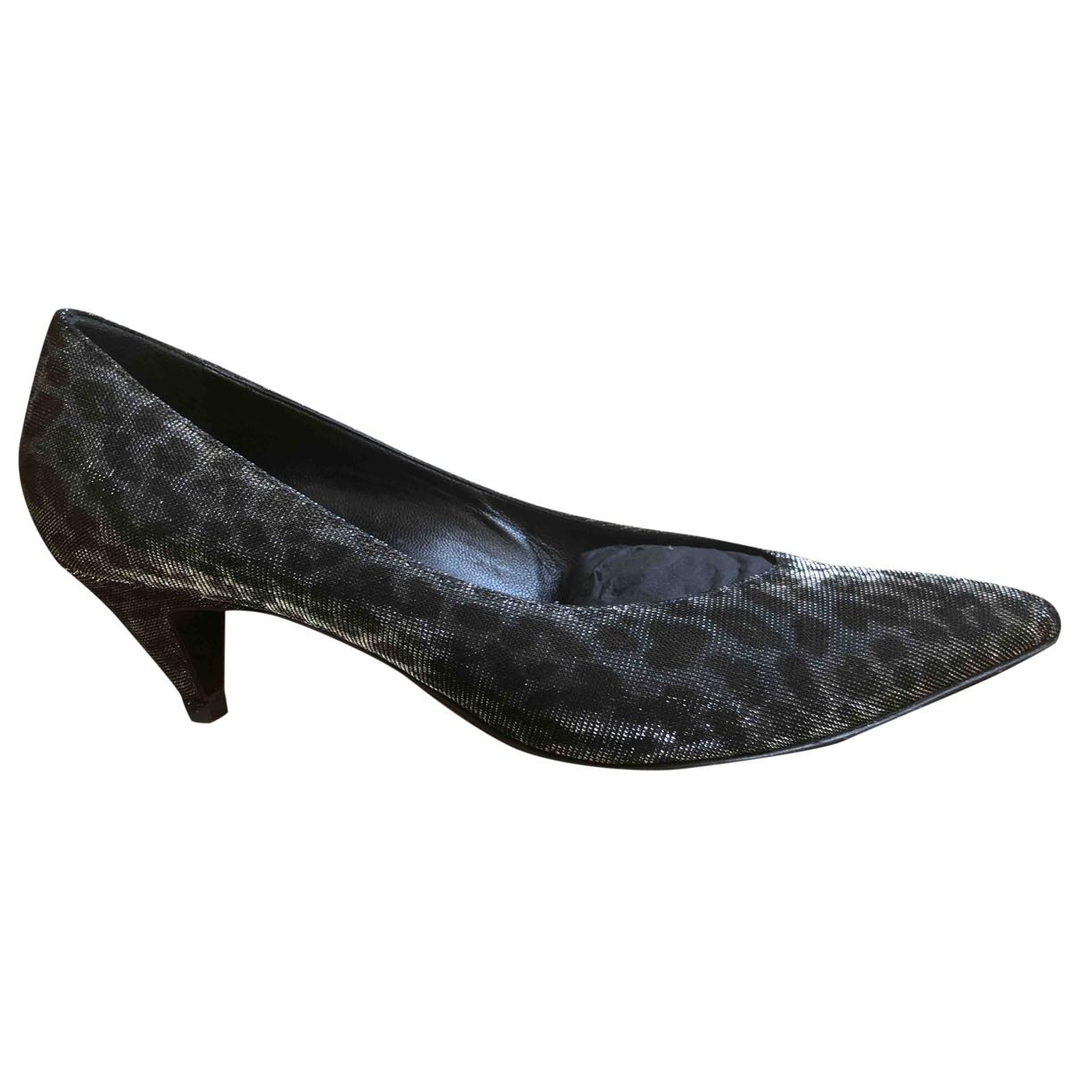 Saint Laurent \N Grey Cloth Heels for Women 37.5 EU