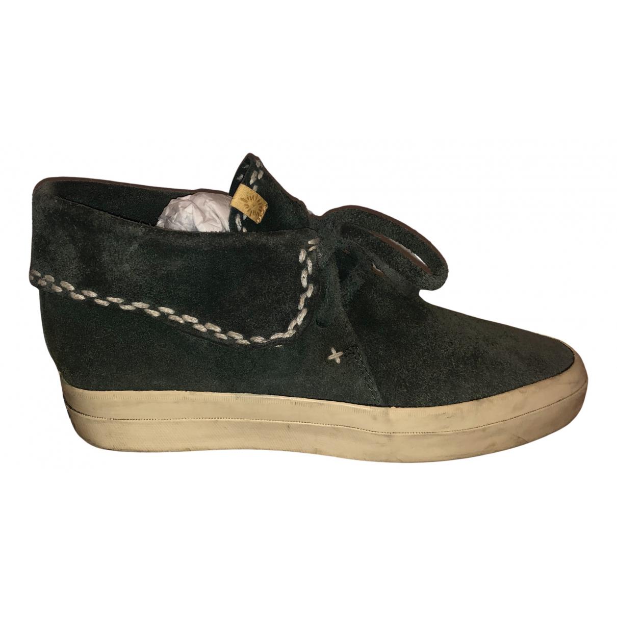 Visvim \N Sneakers in  Gruen Veloursleder