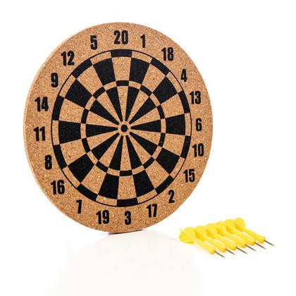 Tableau mémo jeux de darts avec 6mcx de punaises