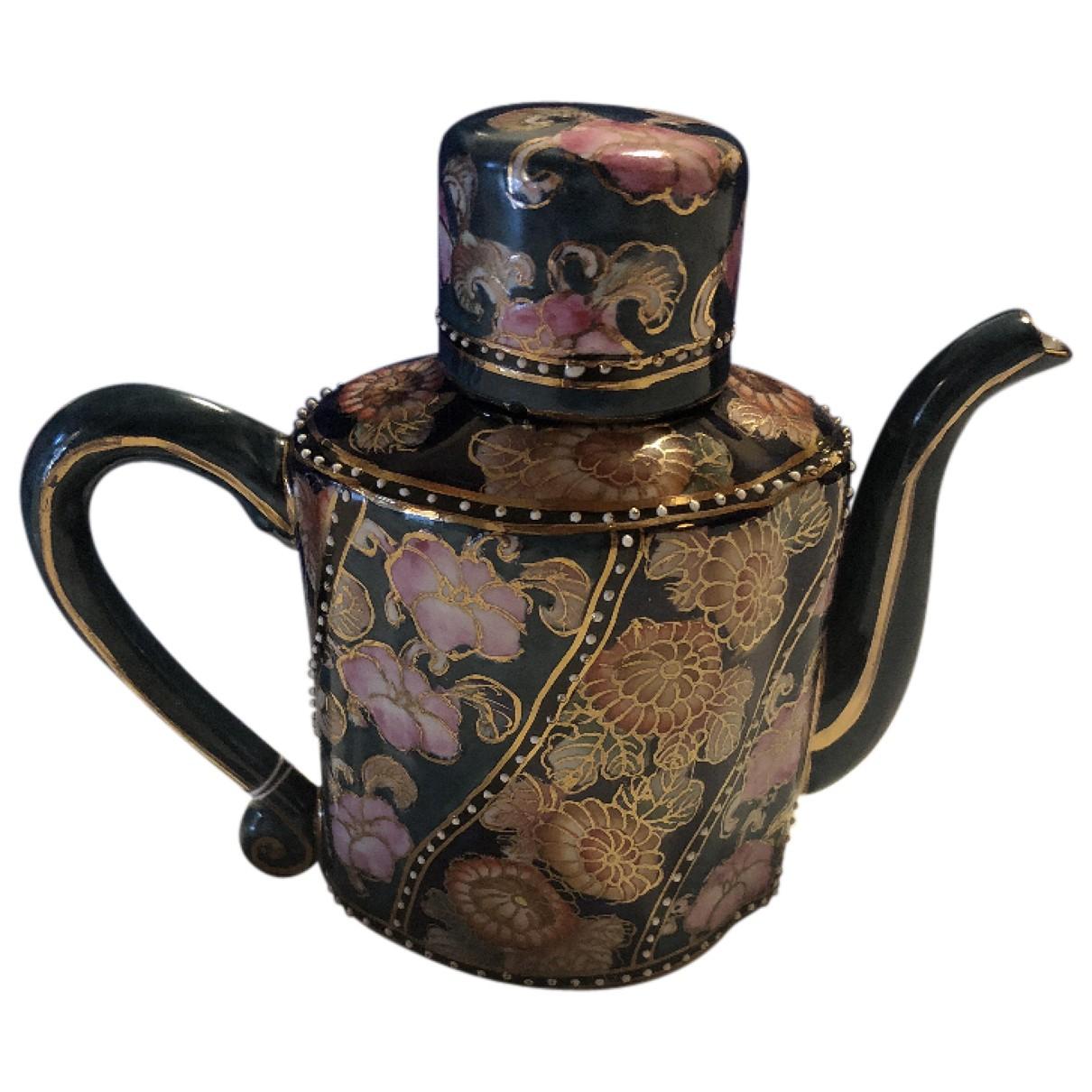 Objeto de decoracion de Ceramica Fendi
