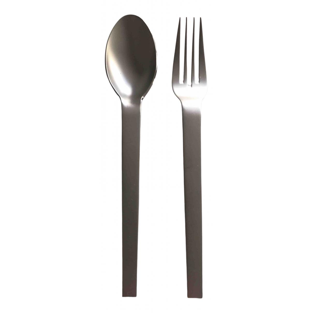 Hermes \N Tischkultur in  Silber Stahl