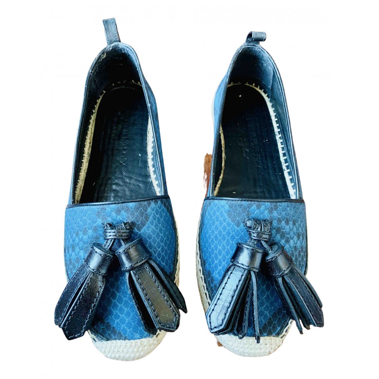 Burberry \N Espadrilles in  Blau Leinen