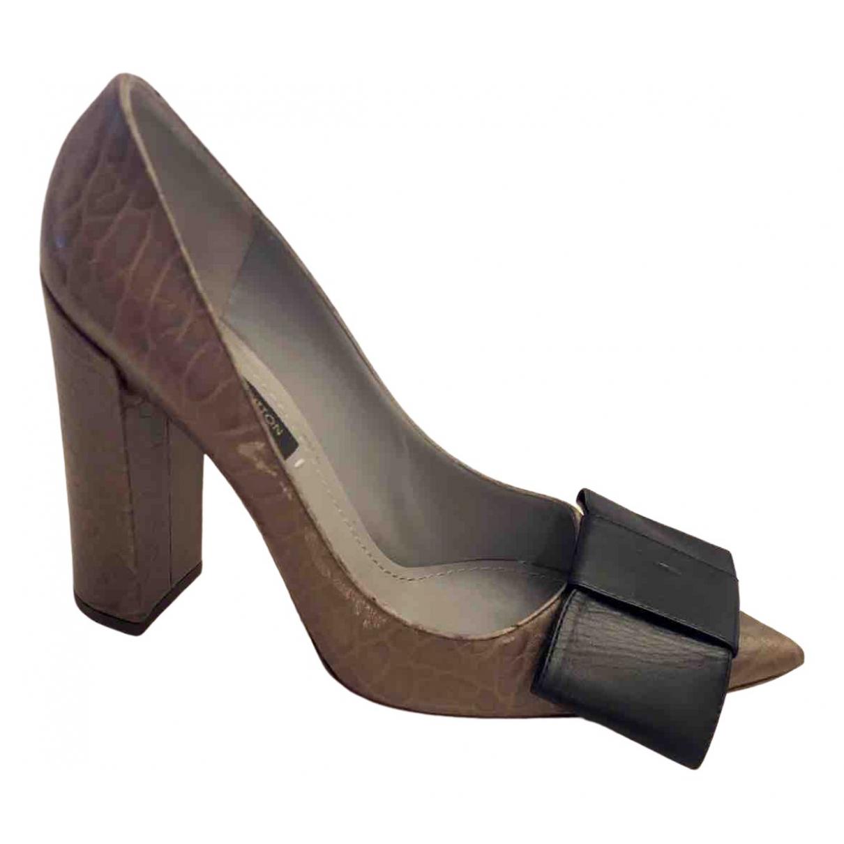 Louis Vuitton N Brown Leather Heels for Women 37 EU
