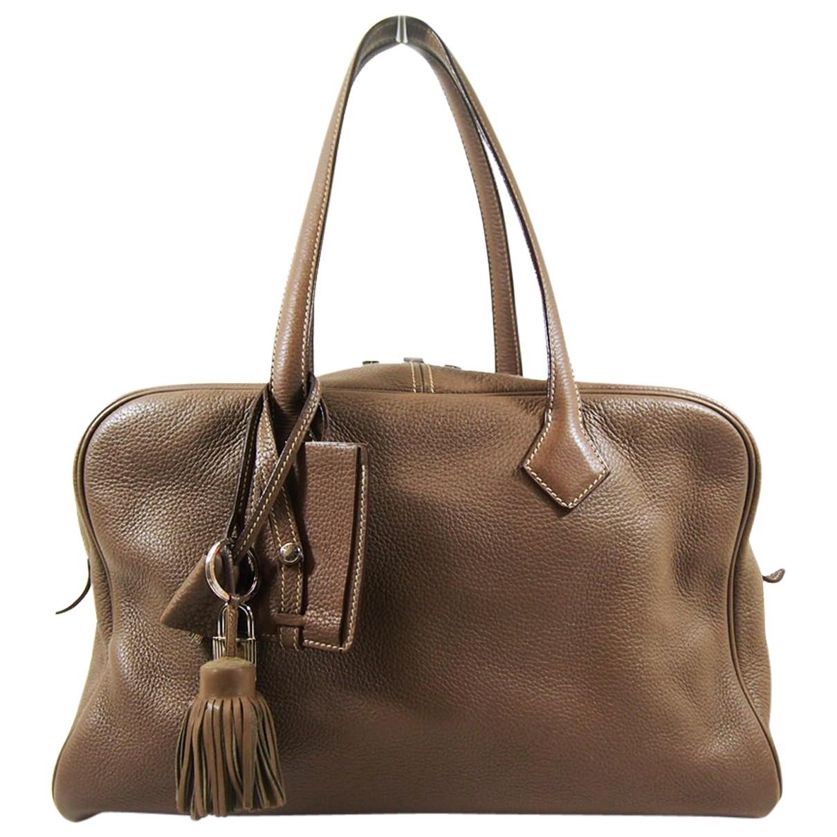Hermès Victoria Brown Leather handbag for Women \N