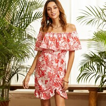 Kleid mit Blumen Muster, Rueschenbesatz und quadratischem Kragen