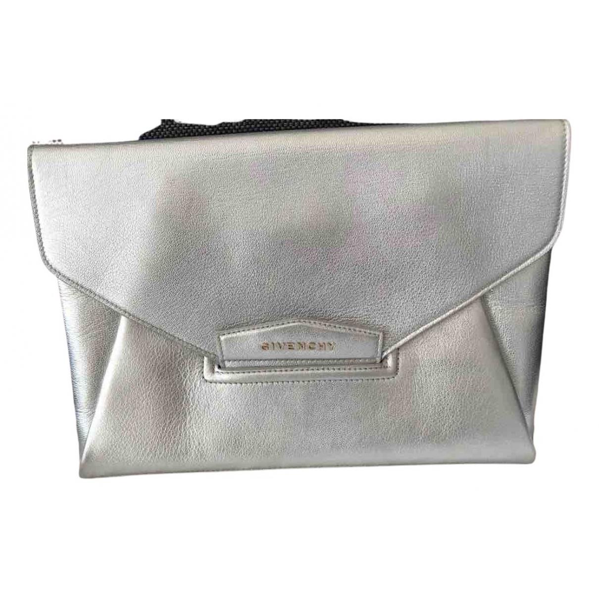 Givenchy - Pochette Antigona pour femme en cuir - argente