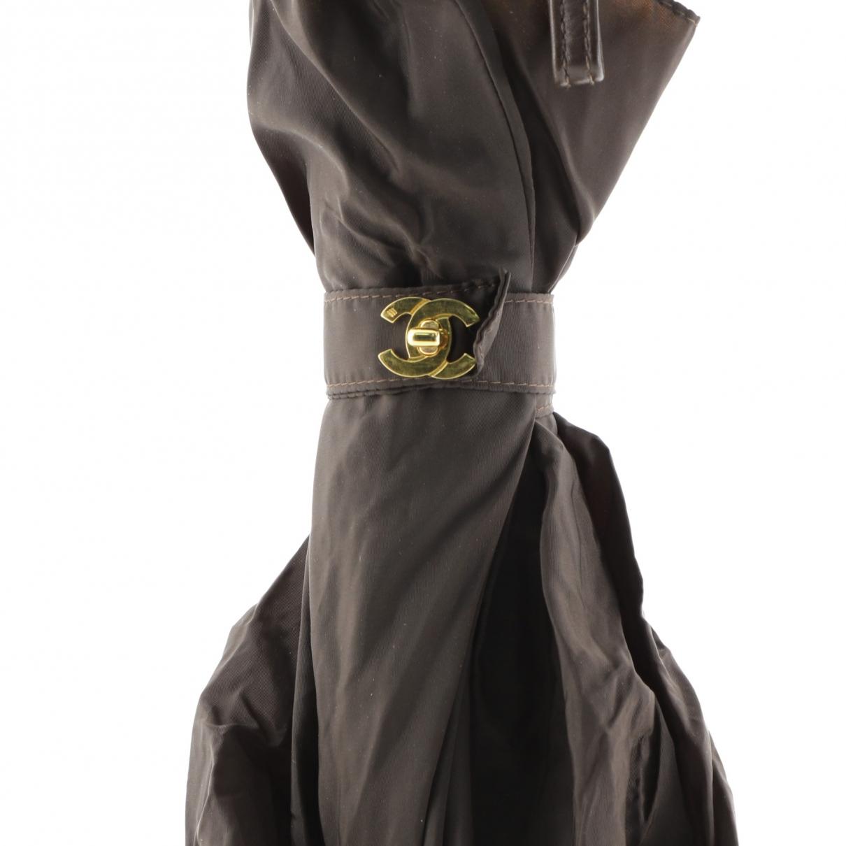 Paraguas de Cuero Chanel