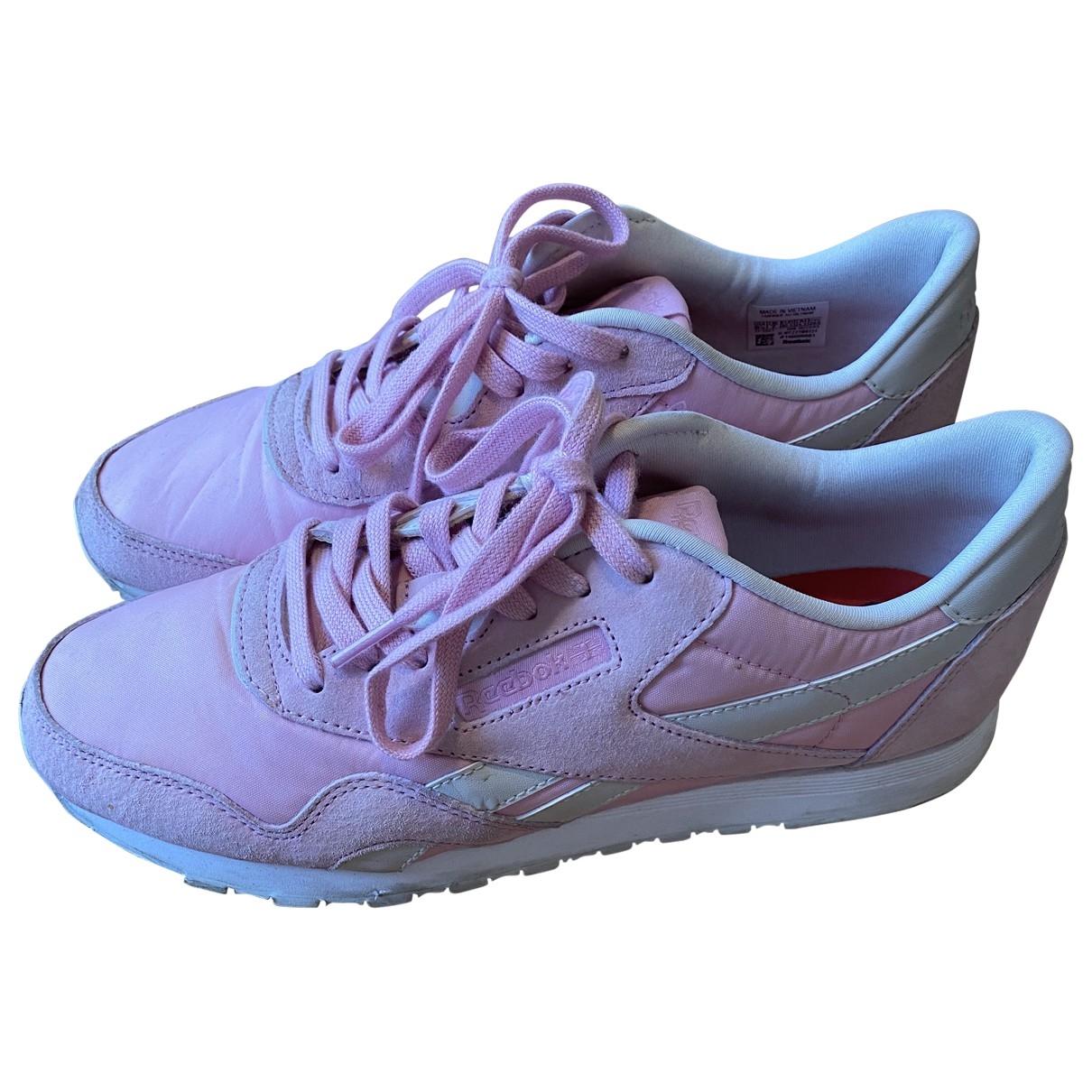 Reebok - Baskets   pour femme en suede - rose