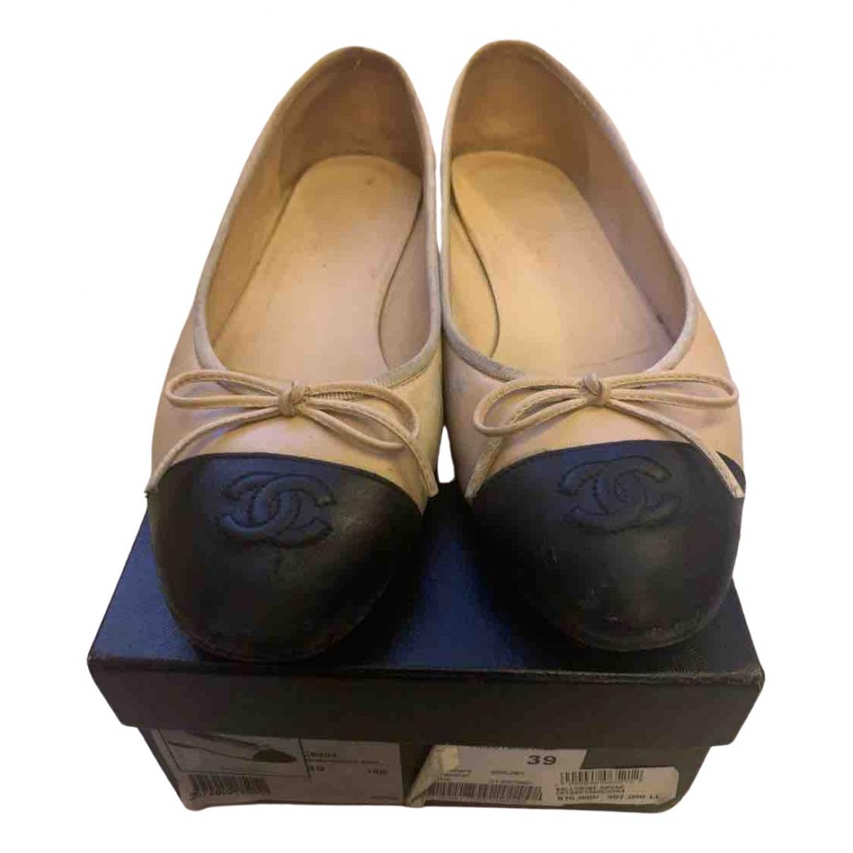 Chanel Slingback Ballerinas in  Beige Leder