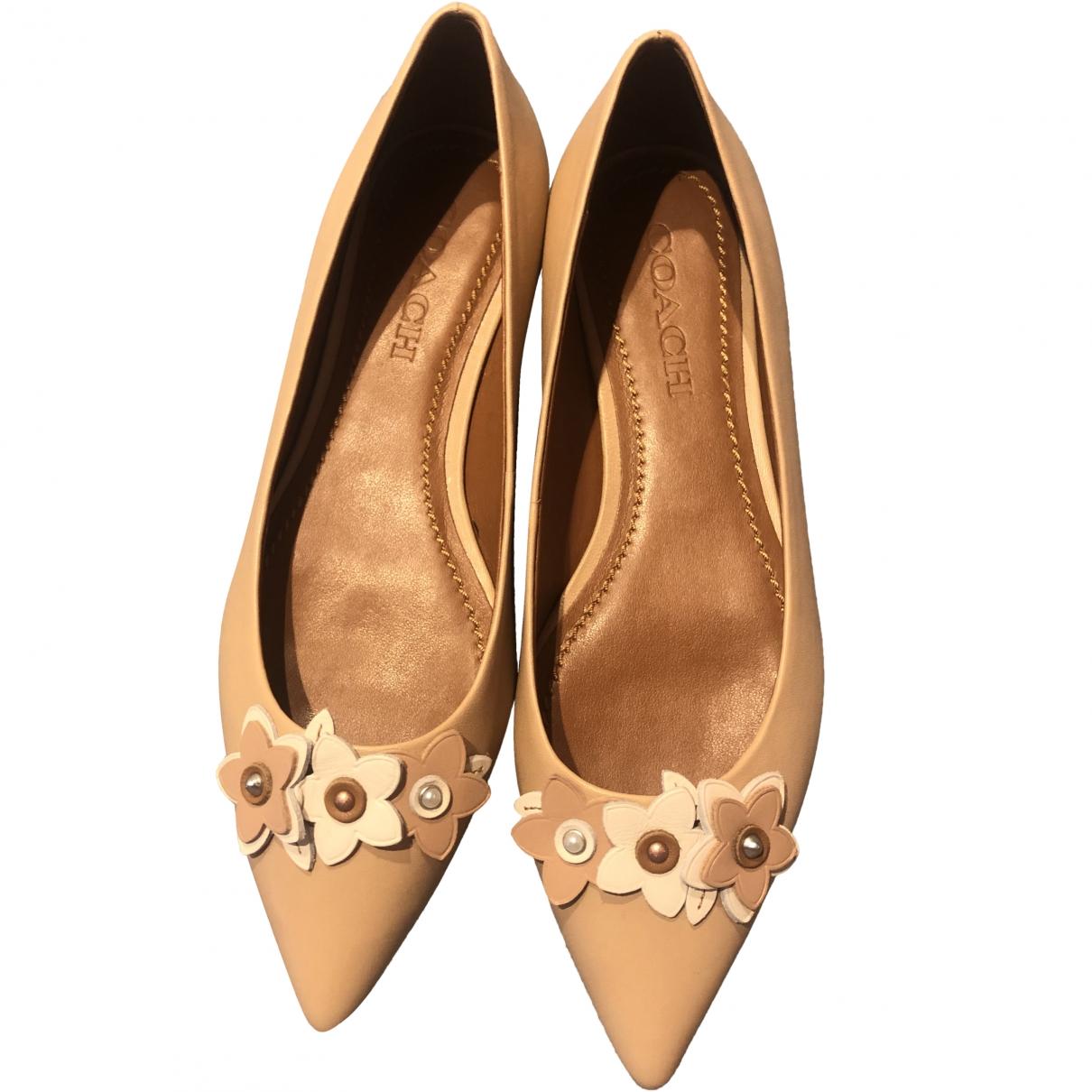 Coach \N Beige Leather Ballet flats for Women 7.5 US