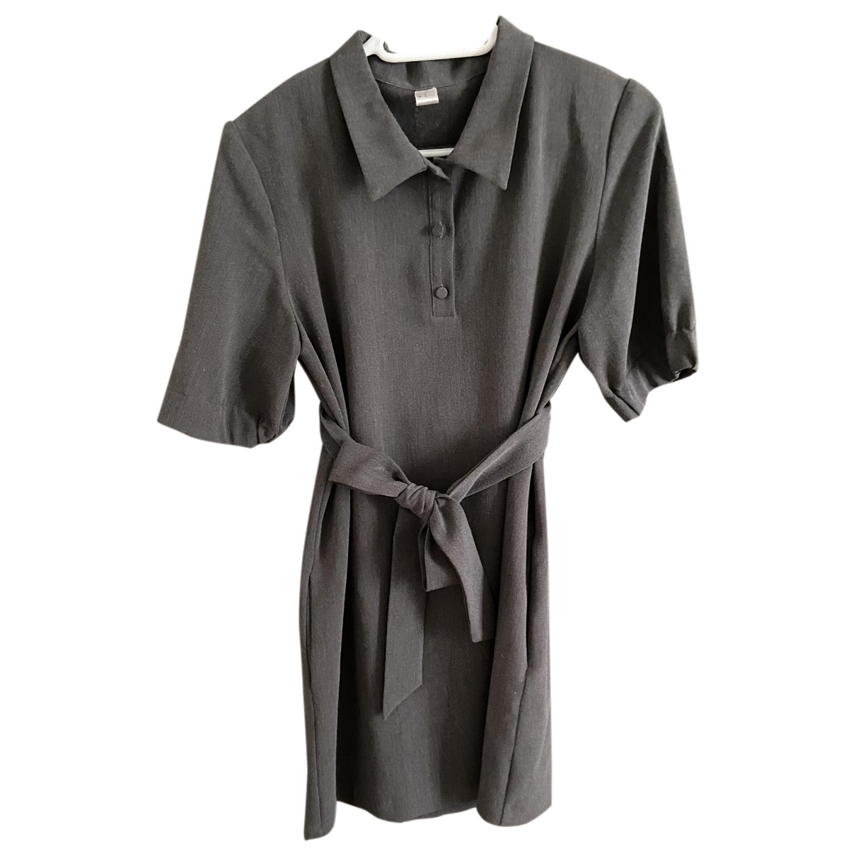 Non Signé / Unsigned \N Grey dress for Women 38 FR