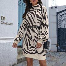 Pullover Kleid mit Zebra Streifen Muster und Laternenaermeln ohne Guertel