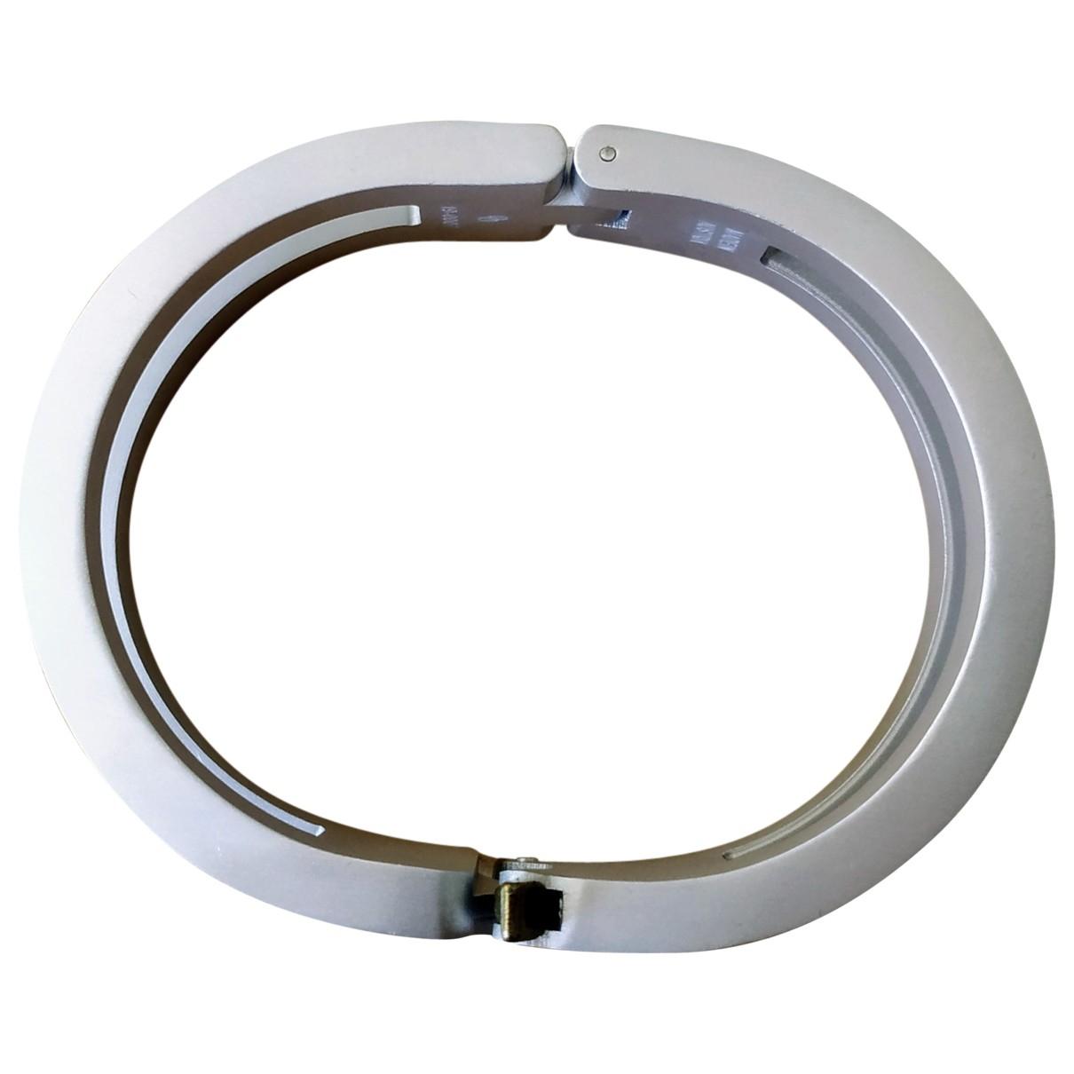 Alyx \N Schmuckstuecke in  Silber Stahl