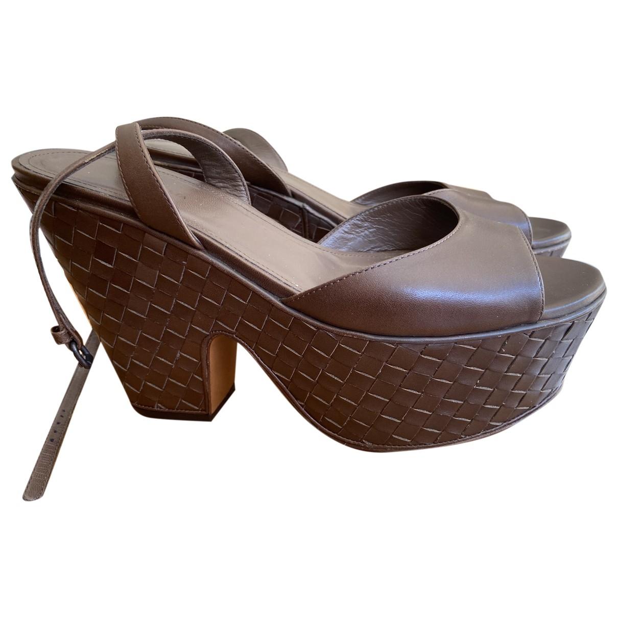 Bottega Veneta - Sandales   pour femme en cuir - marron
