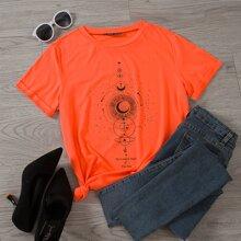 T-Shirt mit Mond und Buchstaben Grafik und kurzen Ärmeln