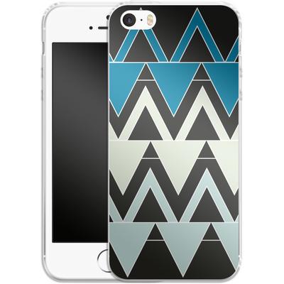 Apple iPhone 5 Silikon Handyhuelle - Blue Triangles von caseable Designs