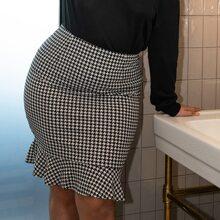 Plus Houndstooth Mermaid Skirt