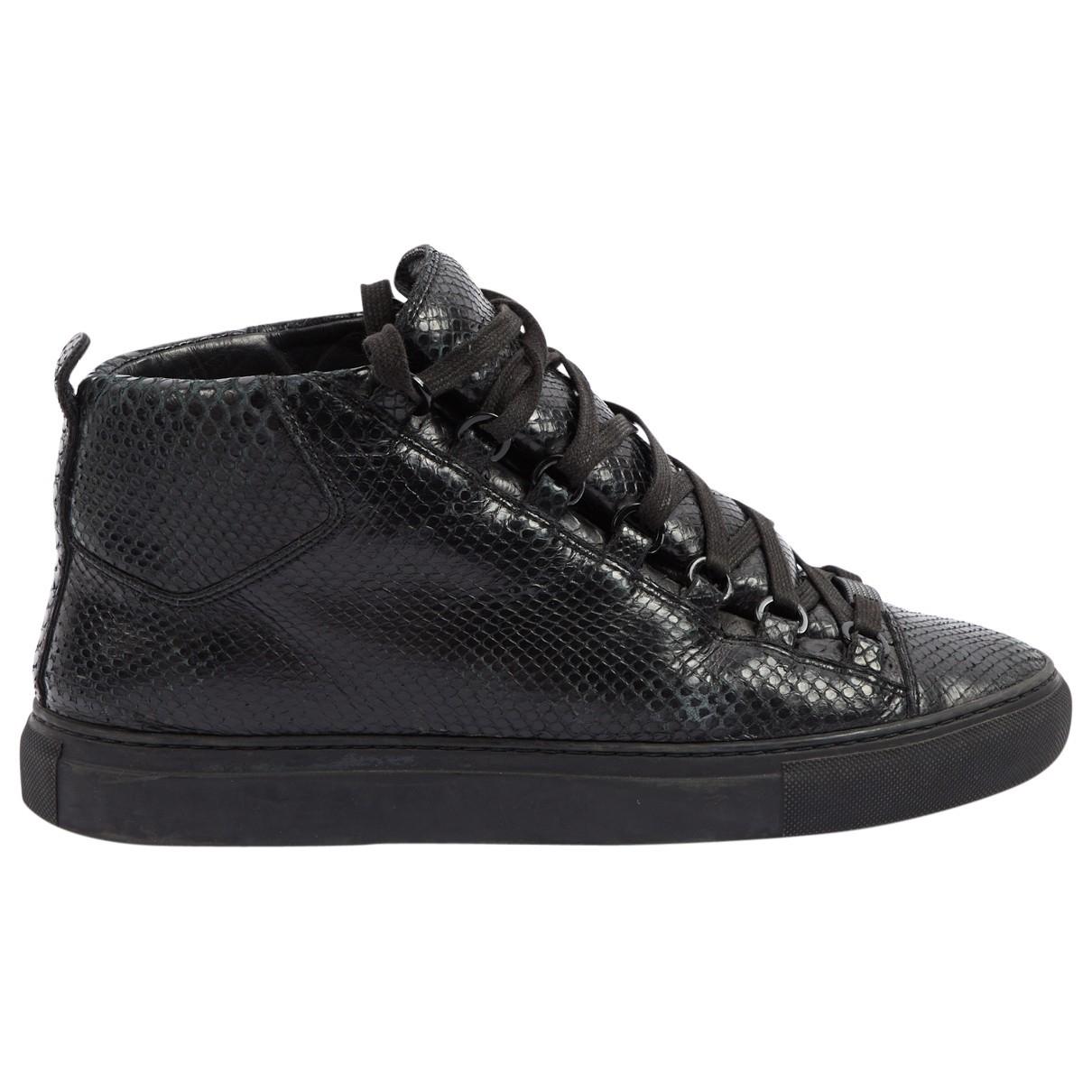 Balenciaga \N Black Leather Lace ups for Women 40 EU