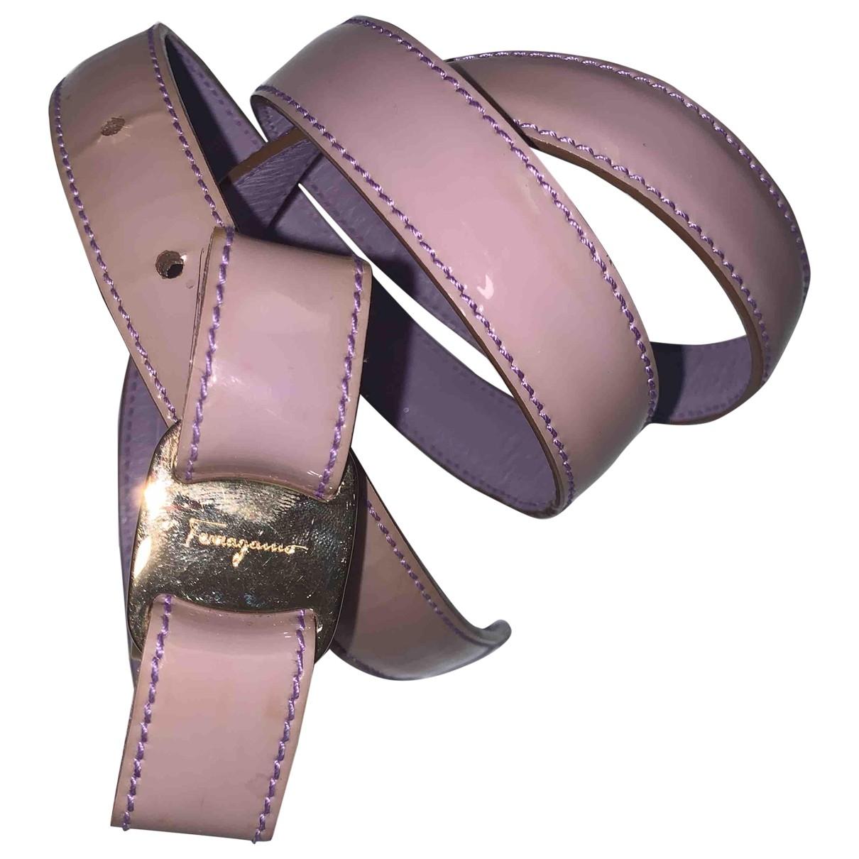 Cinturon de Charol Salvatore Ferragamo
