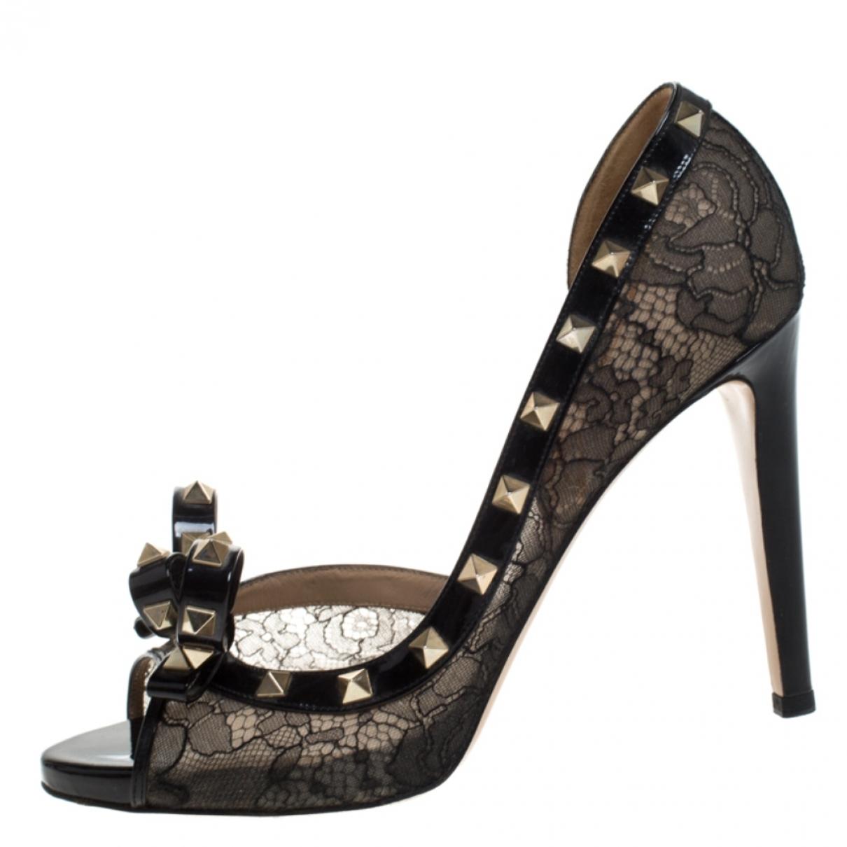 Valentino Garavani Rockstud Black Leather Heels for Women 9 US
