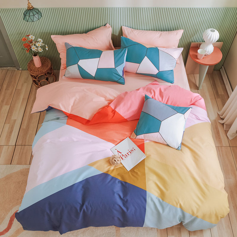 Geometric Shapes Pink Cotton Girls Bedding Sets Twin/Full Size Durable Breathable Duvet Cover Set