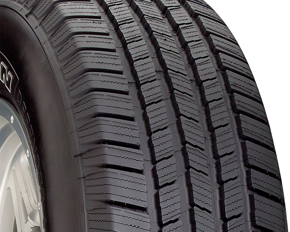 Michelin 15545 Defender LTX M/S Tire 235/70 R16 109T XL OWL