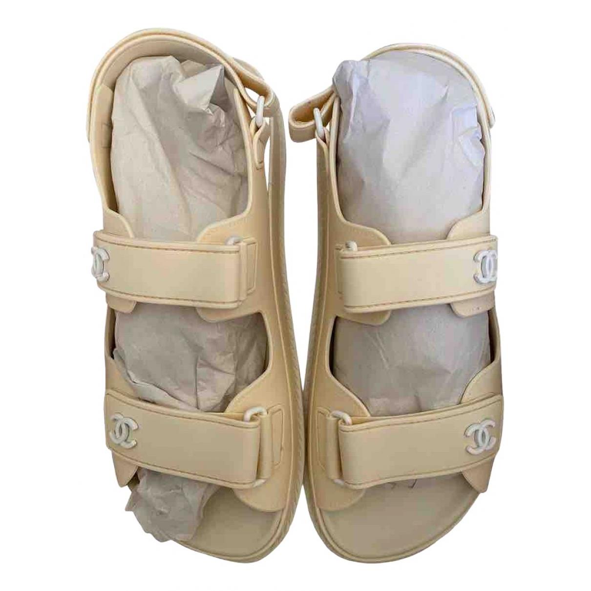 Chanel Dad Sandals Sandalen in  Beige Kautschuk