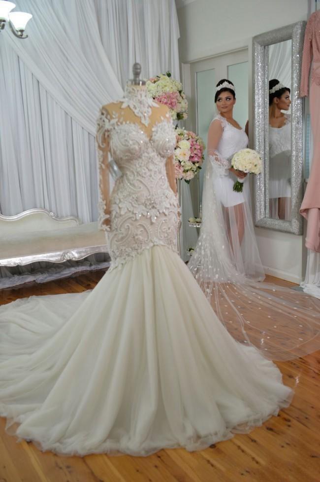 Perles col haut Appliques Robes de mariee sirene   Robes de mariee a manches longues en tulle transparent