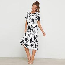 Vestido con cordon lateral con estampado de vaca
