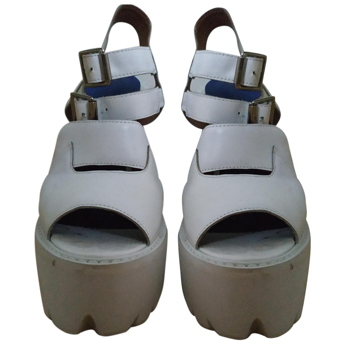 Sandalias de Cuero Jeffrey Campbell