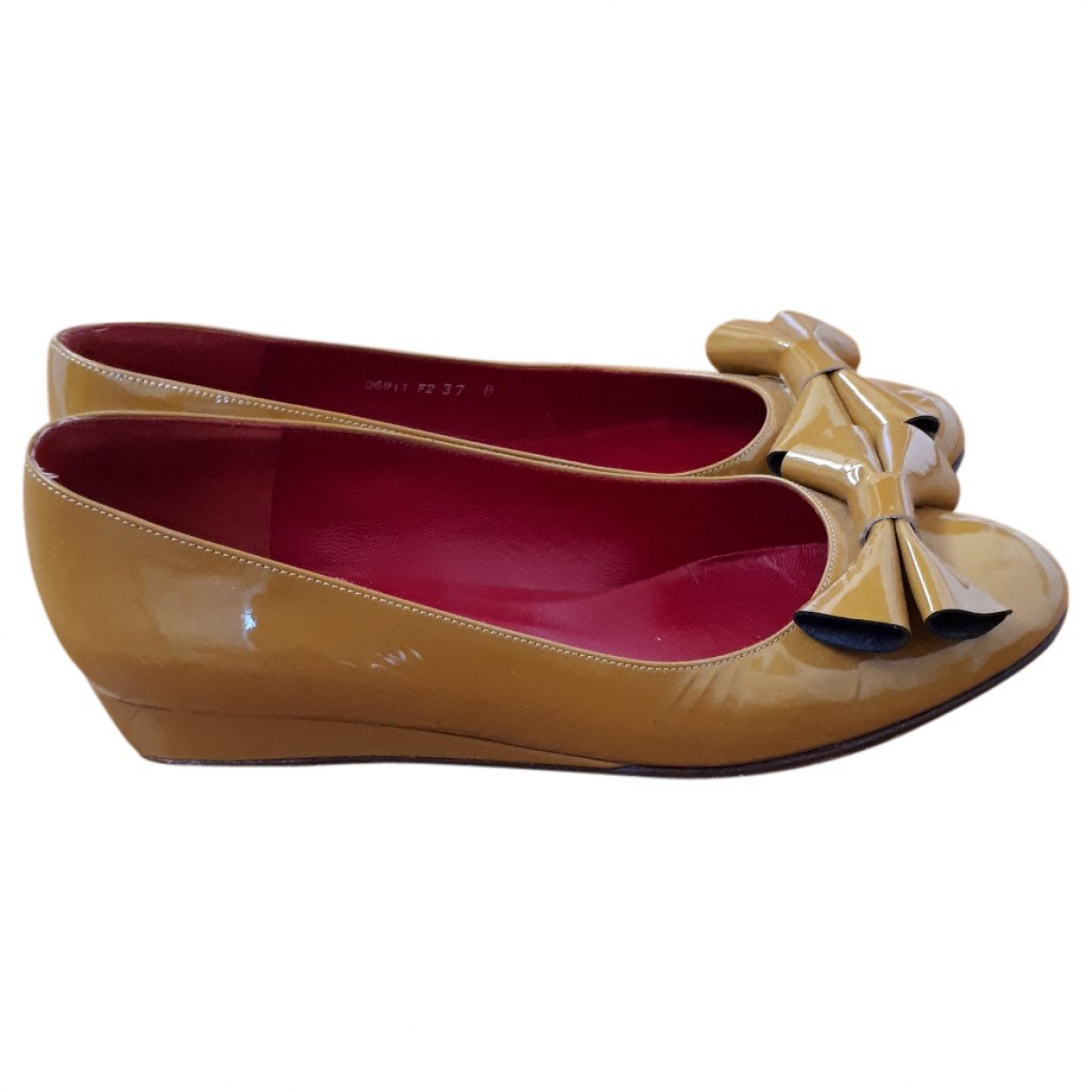 Cacharel \N Patent leather Ballet flats for Women 37 EU
