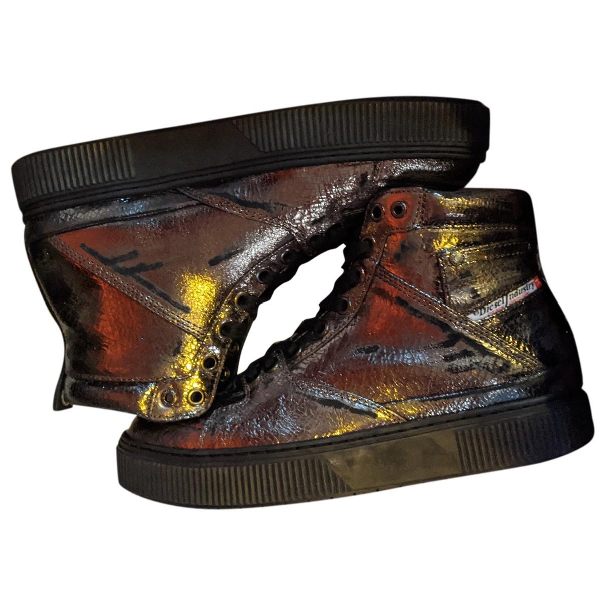 Diesel \N Sneakers in  Metallic Leder