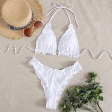 Dreieckiger Bikini Badeanzug mit gekraeuseltem Saum und Neckholder