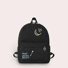 Rucksack mit Buchstaben Stickereien und Taschen vorn
