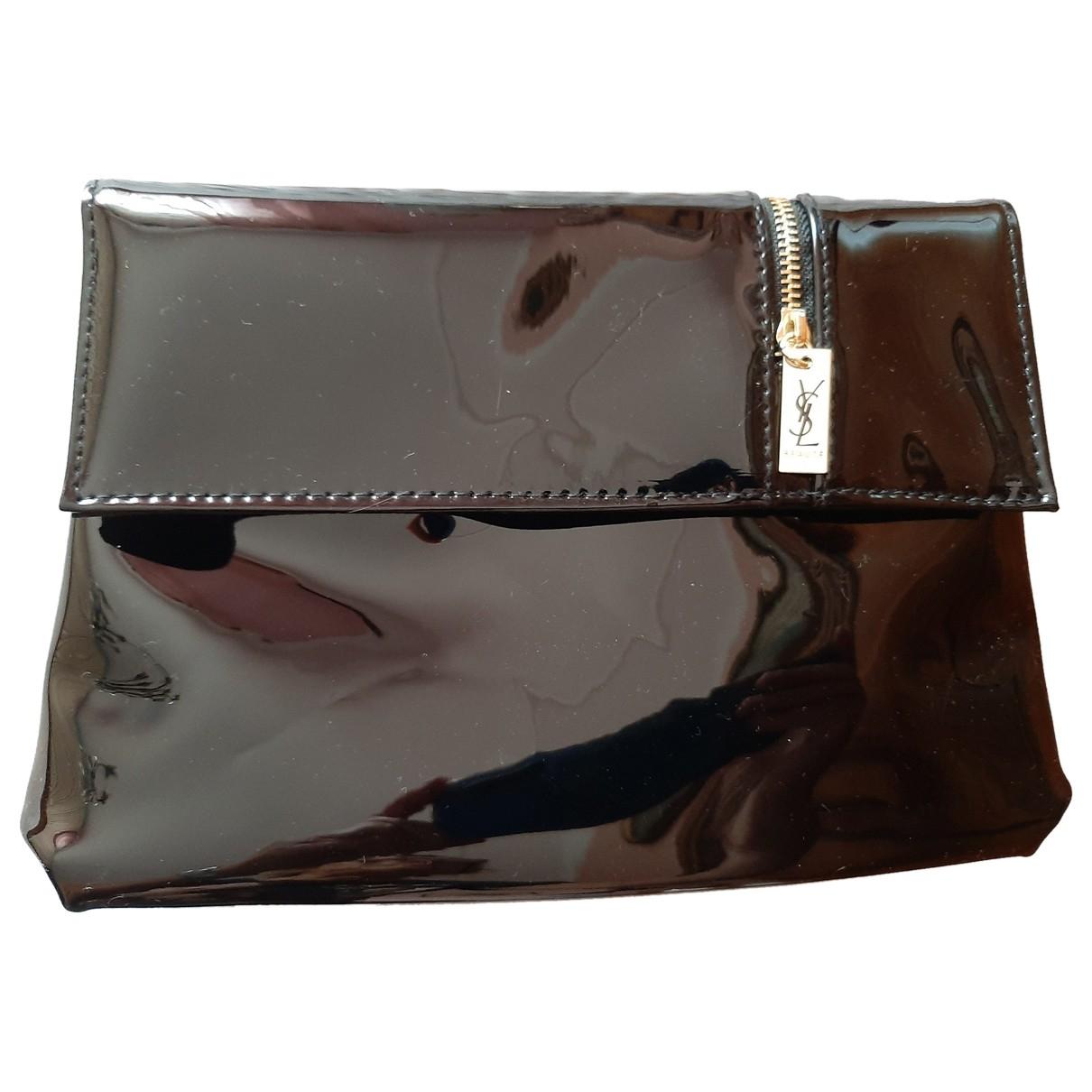 Bolsos clutch en Plastico Negro Yves Saint Laurent